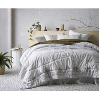 Accessorize Bedroom Bulla Silver 3 Piece Jacquard Comforter Set King Bed